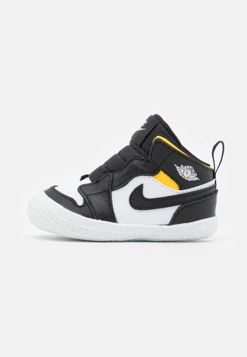 1 CRIB UNISEX - Sports shoes - black/white
