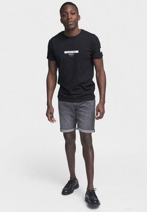 PORTO - Jeans Shorts - mid grey