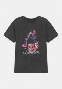 Criminal Damage - FLAMIN SKULL  - T-shirt print - black - 0
