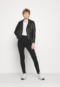 Vero Moda - VMJOY  - Skinny džíny - black denim - 1