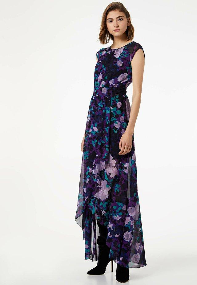 Długa sukienka - purple