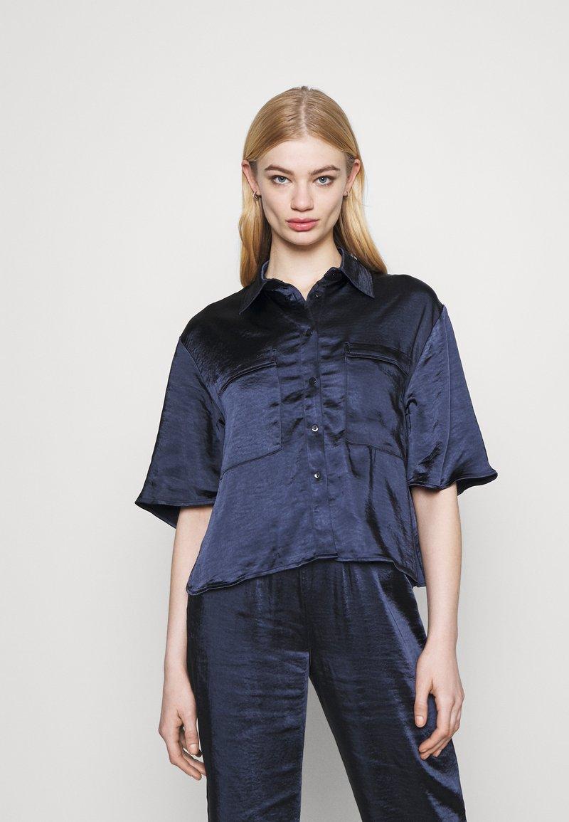 4th & Reckless - JORDANA - Button-down blouse - navy