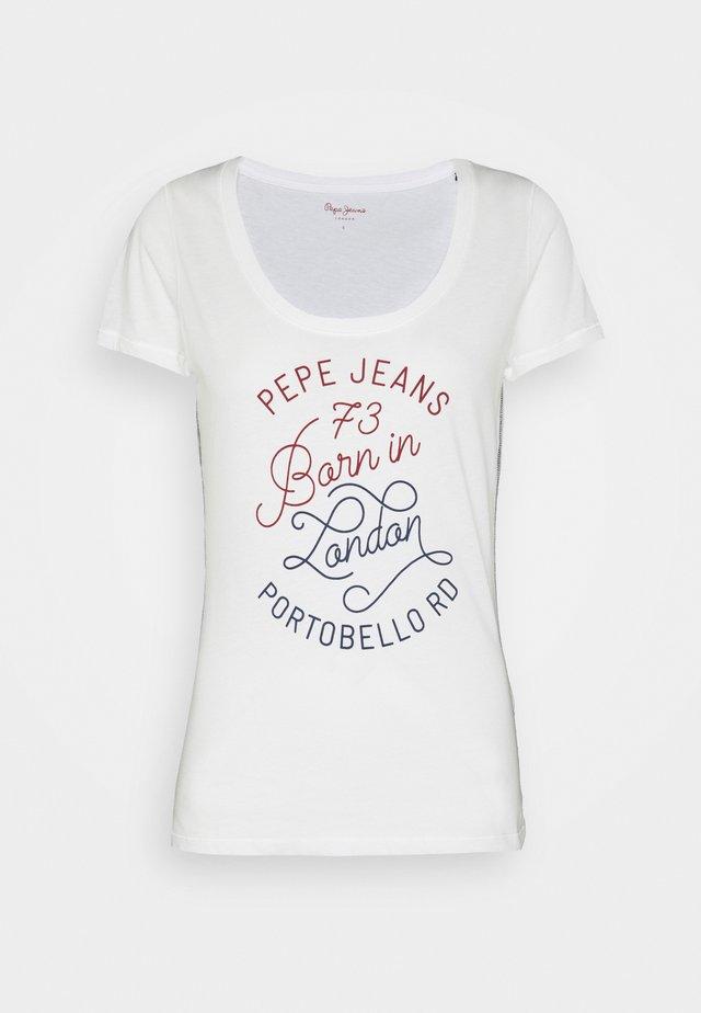 ADALYS - Camiseta estampada - mousse