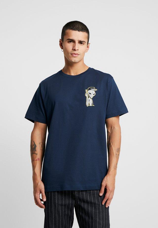 SPACE TRUCKIN TEE - Print T-shirt - navy