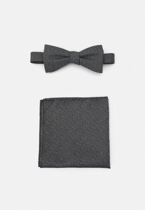 SLHANDREW BOWTIE BOX SET - Pocket square - black