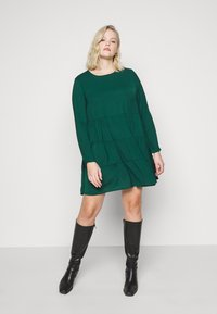 Missguided Plus - TIERED SMOCK DRESS - Day dress - green - 3