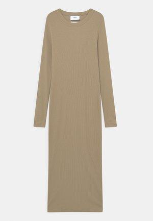 VELKA DRESS - Maxi dress - coffee brown