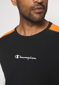 Champion - LONG SLEEVE - Long sleeved top - black - 6