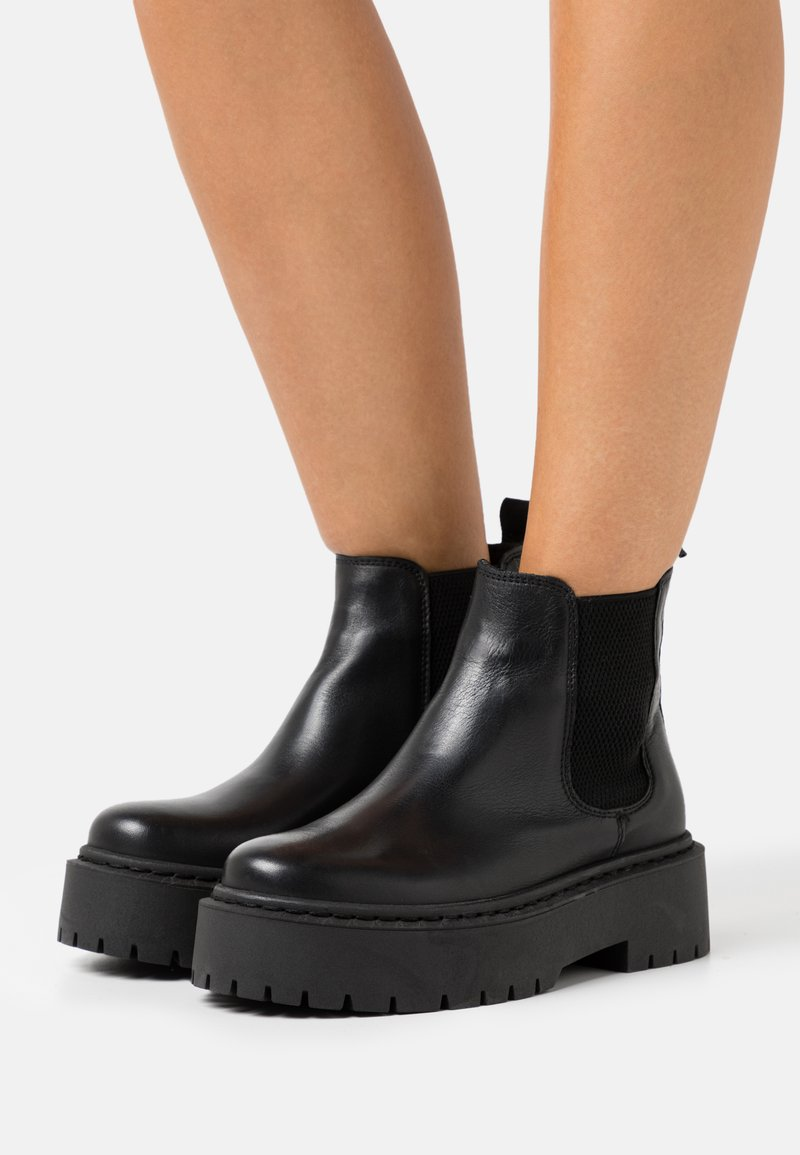 Bianco - BIADEB CHELSEA - Platform ankle boots - black