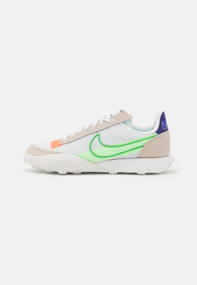 WAFFLE RACER - Trainers - desert sand/mean green/summit white/hyper crimson/concord/lime glow