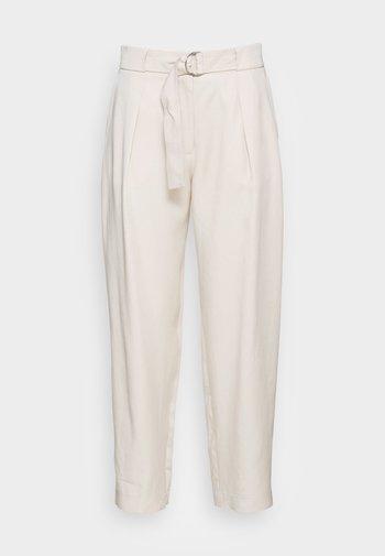Pantalon classique - off white
