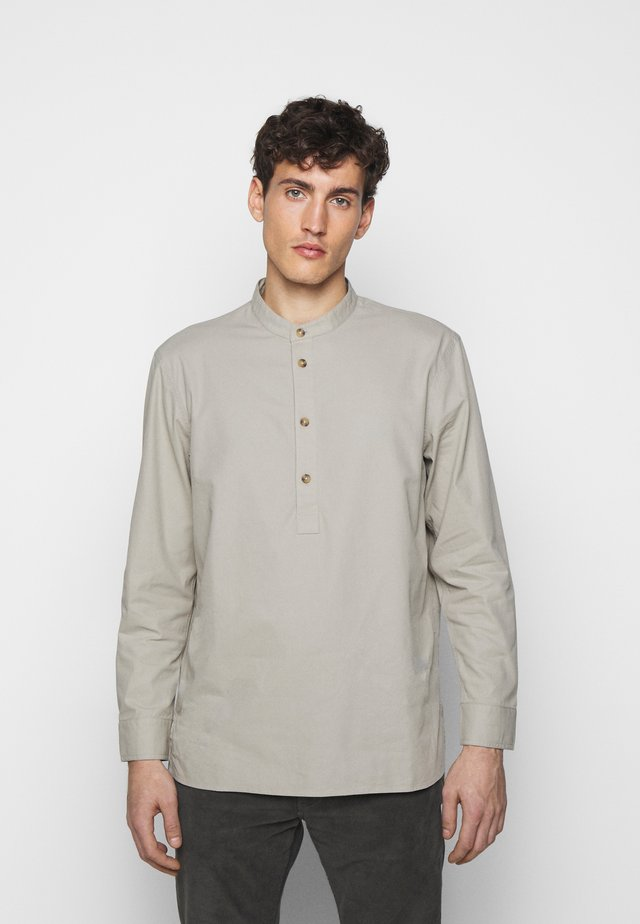 Skjorta - sage