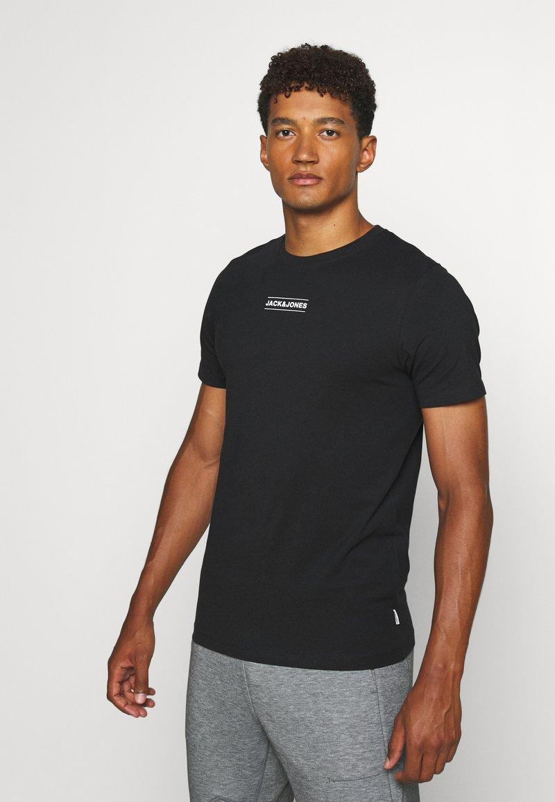 Jack & Jones - JCOTULIP TEE - Print T-shirt - black
