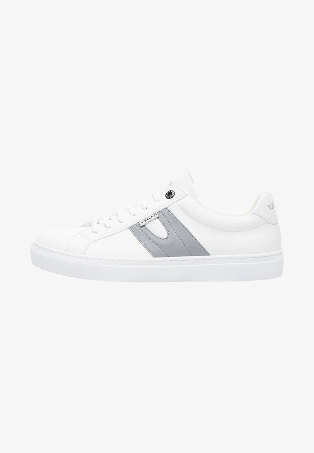 NOVARA - Trainers - white