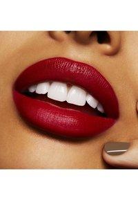 MAC - RED LIP KIT - Make-up Set - - - 4