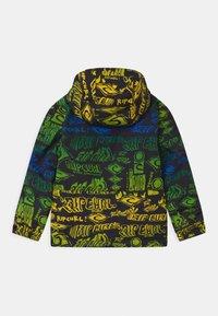 Rip Curl - OLLY UNISEX - Snowboardová bunda - green - 1