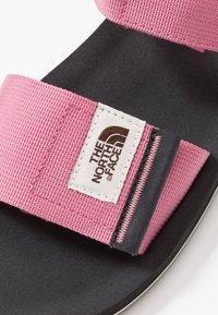 The North Face - W SKEENA SANDAL - Walking sandals - heather rose/asphalt grey - 5