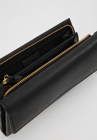 KIOMI - LEATHER - Wallet - black - 6
