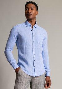 Autark - Shirt - bleu - 0