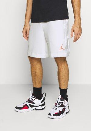 AIR - Sports shorts - white/vivid purple