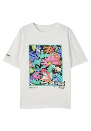 MIT TROPENPRINT - Print T-shirt - white