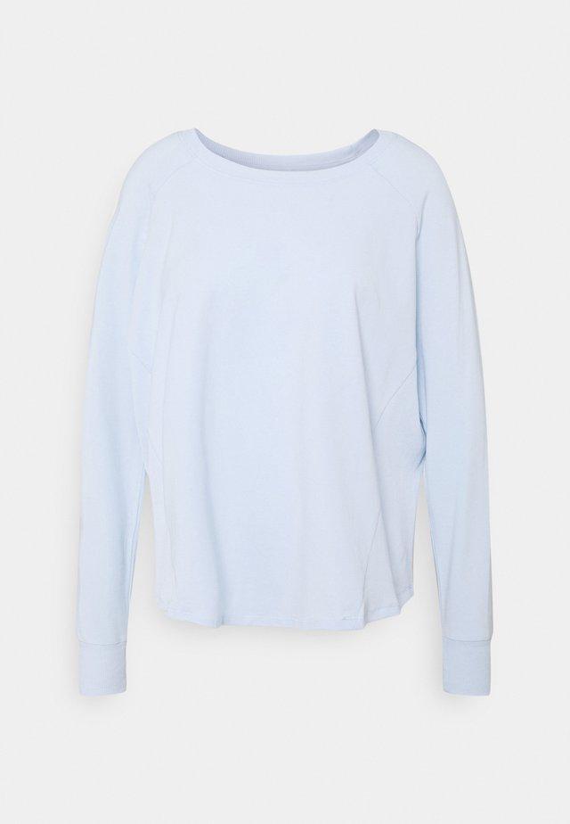 ACTIVE LONGSLEEVE  - Long sleeved top - baby blue