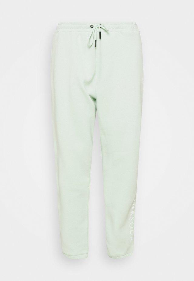 LYON PLUS - Teplákové kalhoty - green