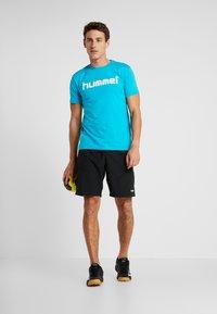 Hummel - GO LOGO - T-shirts print - bluebird - 1