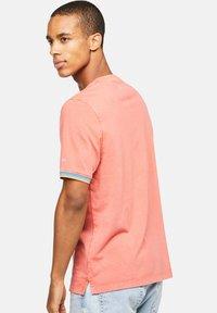 Colours & Sons - KAI - Polo shirt - rot - 1