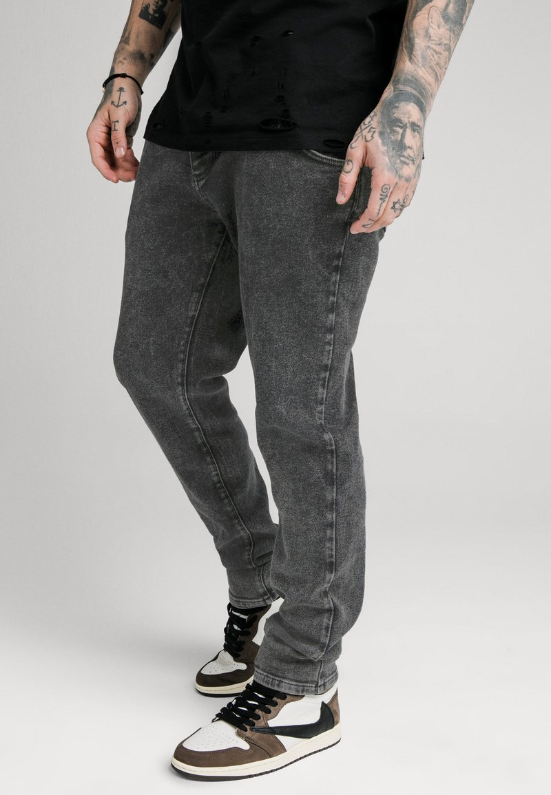 SIKSILK - RAW LOOSE FIT  - Jeans Relaxed Fit - acid black