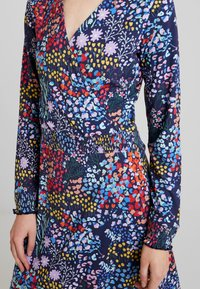 Miss Green - POWER OF LOVE - Jersey dress - multi-coloured - 4