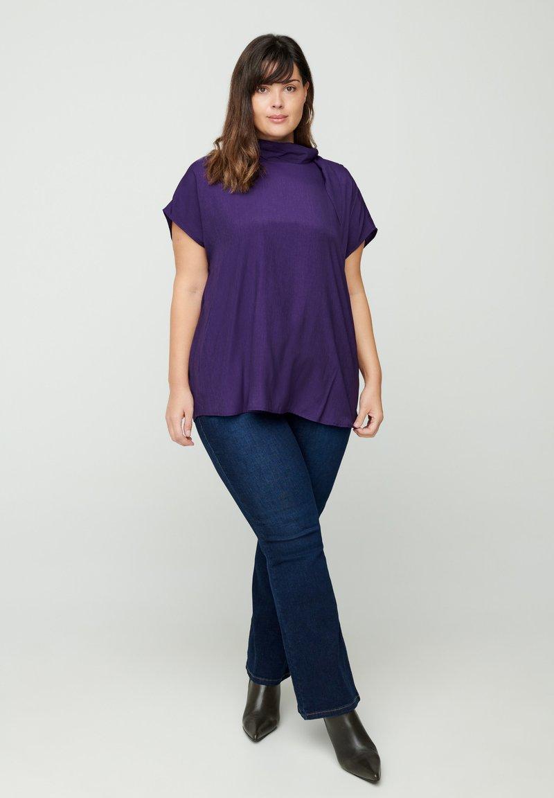 Zizzi - MIT BINDEDETAIL - T-shirt print - purple
