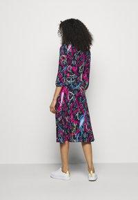 Lauren Ralph Lauren - PRINTED MATTE DRESS - Jersey dress - navy/aruba pin - 2