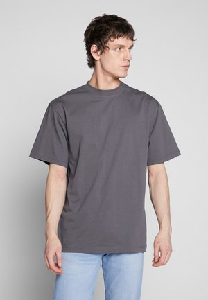 TALL TEE - T-shirt basic - darkshadow