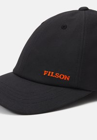 Filson - OIL TIN LOW-PROFILE - Cap - black - 4