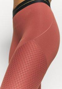 Nike Performance - Tights - claystone red/metallic gold - 4