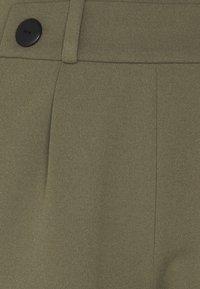 JDY - JDYGEGGO - Shorts - kalamata - 2
