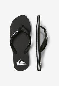 Quiksilver - QUIKSILVER™ MOLOKAI - SANDALEN FÜR MÄNNER AQYL100601 - Pool shoes - black/white - 1