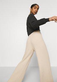 Topshop - SOFT TROUSERS - Pantaloni - clay - 3