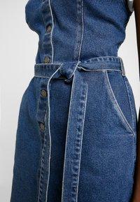 Hollister Co. - SHORT DRESS - Robe en jean - blue denim - 7