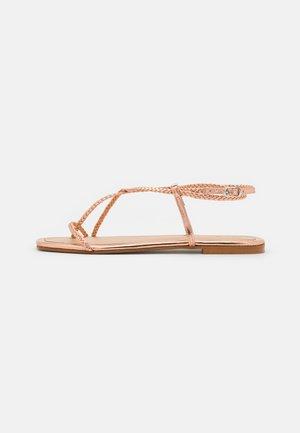 T-bar sandals - rosegold