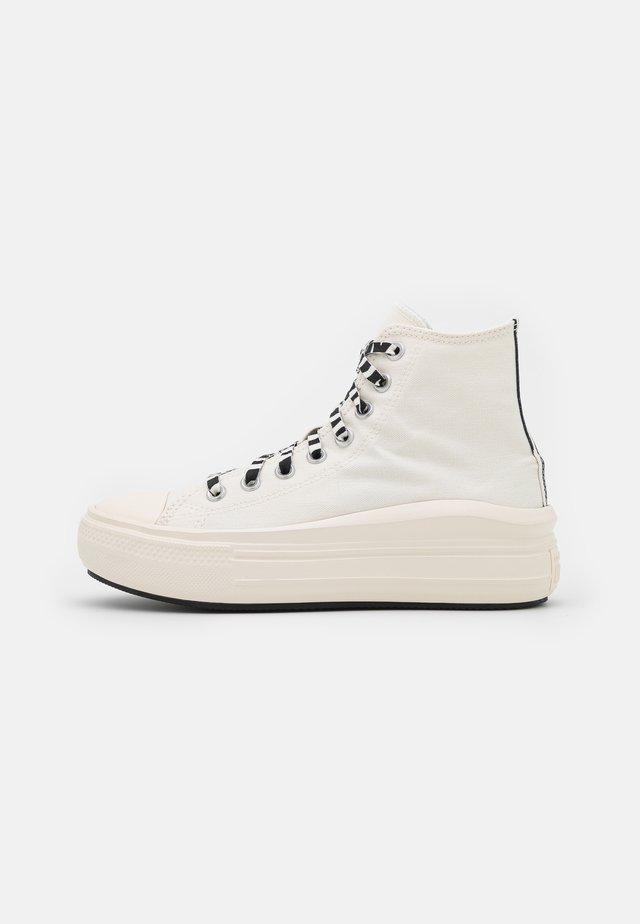 CHUCK TAYLOR MOVE ARCHIVE PLATFORM - Sneakers hoog - egret/black