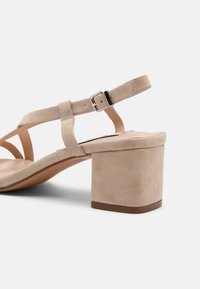 Zign - Sandalen - beige - 5
