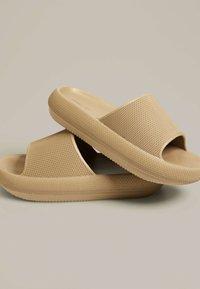 OYSHO - Pantofle - brown - 2