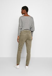 Cream - ROSITA - Trousers - khaki - 2