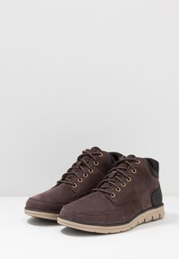 Timberland - BRADSTREET MOLDED - High-top trainers - dark brown - 2
