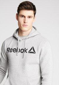 Reebok - TRAINING HOODIE - Hoodie - medium grey heather - 3