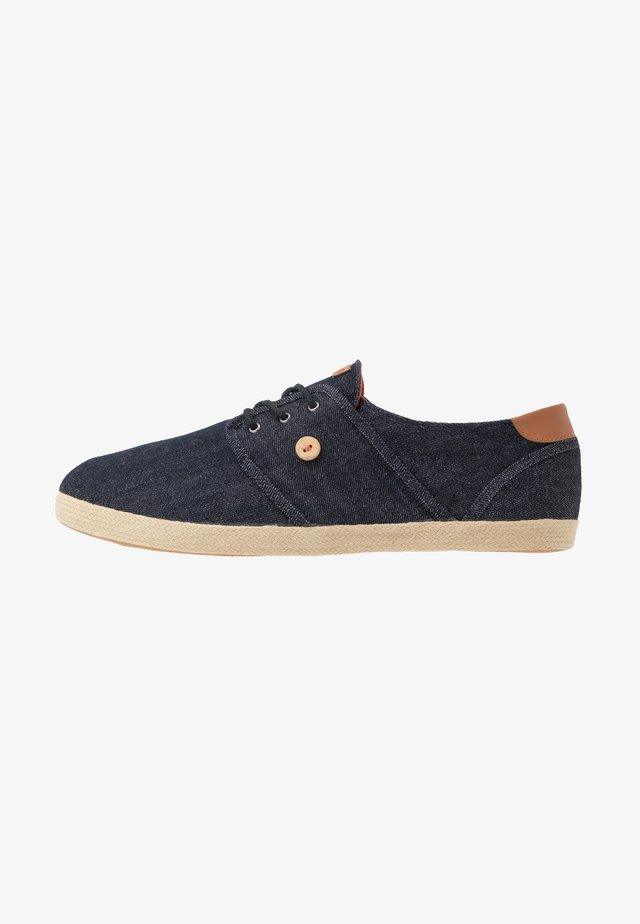 TENNIS CYPRESS - Matalavartiset tennarit - blue denim