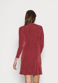 Closet - V NECK DRESS - Jersey dress - burgandy - 2