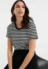 WE Fashion - Print T-shirt - black - 3